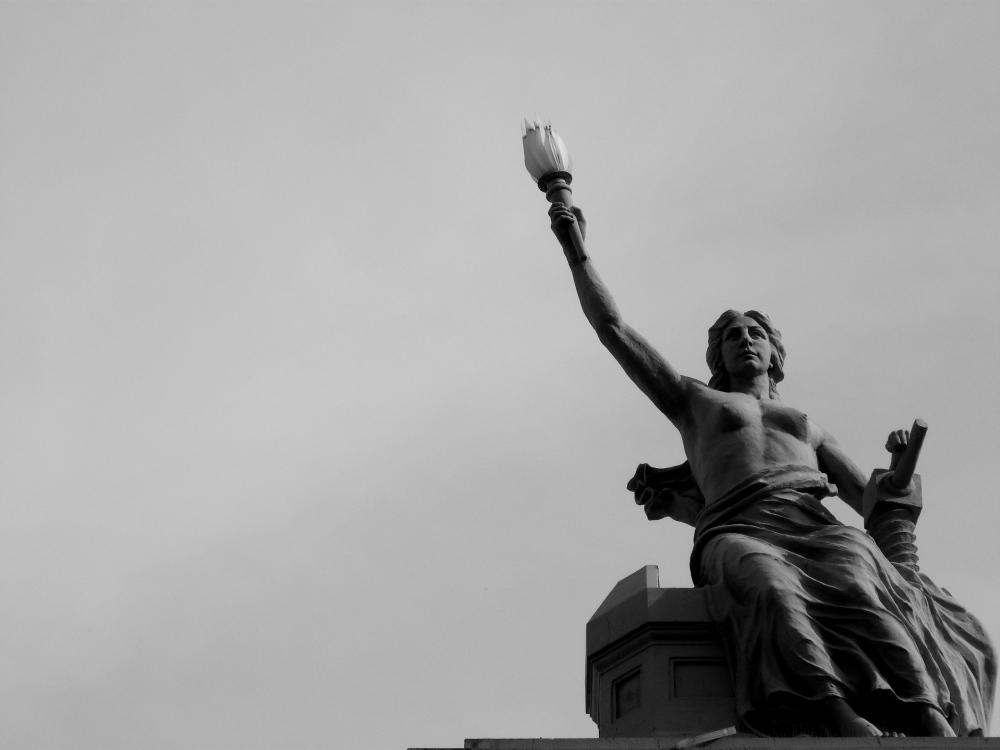 Los abogados ante la LOPD y su vinculación con la Ley de Prevención de Blanqueo de Capitales